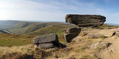 Noe Stool (l4ts) Tags: landscape derbyshire peakdistrict darkpeak edale edalehead kinderscout noestool heather moorland gritstone gritstonetor