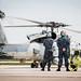 Gaisa atbalsta kontrolieri izsauc tuvā gaisa atbalstu ASV jūras kājniekiem