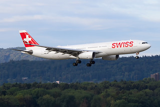 HB-JHH, Airbus A330-343, Swiss International Airlines