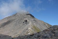 Sasseneire 3253 mètres (bulbocode909) Tags: valais suisse moiry grimentz evolène coldetorrent valdanniviers valdhérens sasseneire nuages brume montagnes nature paysages vert bleu groupenuagesetciel