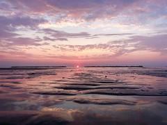 iph8011 (gzammarchi) Tags: specialexbarbara italia paesaggio natura mare ravenna lidoadriano alba sole nuvola riflesso explore