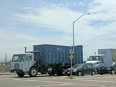 Republic Services Roll Off Truck 7-31-18 (Photo Nut 2011) Tags: california sandiego sanitation wastedisposal garbagetruck trashtruck garbage refuse junk trash truck dumpster rolloff republicservices peterbilt