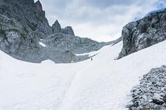 Schneefelder im Aufstieg zum Ellmauer Tor (Uli - www.auf-den-berg.de) Tags: wandern hiking berge mountains outdoors ellmauertor wilderkaiser kaisergebirge schnee snow tirol tyrol austria
