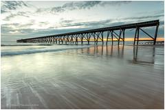 Sea Ice (Steven Peachey) Tags: seascape sunrise beach hartlepool canon leefilters lee09gnd 5dmarkiv canon5dmarkiv stevenpeachey pier steetleypier northsands northeastengland northeastcoast