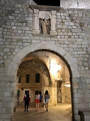 Croatia ( Dubrovnik) Entrance to old town (ustung) Tags: croatia atnight gate entrance castle oldcity dubrovnik
