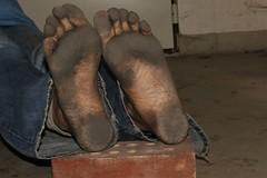 dirty city feet 579 (dirtyfeet6811) Tags: feet soles barefoot dirtyfeet dirtysoles blacksoles cityfeet