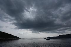 La Rivière Saguenay, à l'embouchure (Patrice StG) Tags: ferry traversier saguenay rivière river fjord pentax pentaxart kp nuage cloud dark sombre water eau
