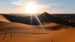 Grand Duna (markboldy) Tags: travel traveling travelphotograthy nature natgeo morocco desert sunset sun sunrise