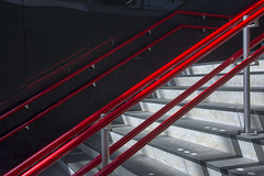 Red handrails VI (Jan van der Wolf) Tags: map187179v red herhaling repetition staircase stairway rood leuning handrail handrails trap station lines lijnen interplayoflines playoflines lijnenspel leiden reflection spiegeling