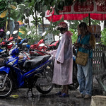 Parking in the rain, Patong Beach, Tailandia thumbnail