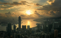 Hong Kong-at dawn. (Massetti Fabrizio) Tags: dawn sunrise sun sunset hongkong cina clouds cityscape landscape landscapes light red lightning city citta fabriziomassetti famasse nikond4s 2470f28 nikon night