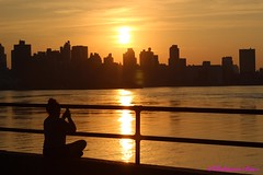 """""""Lower Your Eyelids, To Die With The Sun"""" (Robinson Baez) Tags: 50mmf18stm canont3ieosrebel manhattan sunset city ditmars astoriapark"""