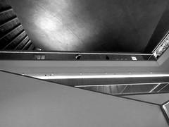 The Design Musum, Kensington - Jan 2017 (44) (Padski1945) Tags: thedesignmuseum kensingtonhighstreet kensington londonw86ag londonmuseums londonscenes museumsoflondon museumsofbritain museumsofgreatbritain museumsofengland blackwhite blackandwhite blackandwhitephotography mono monochrome architecture