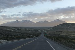 on the road driving the Peruvian Andes at sunset 2018 Peru (roli_b) Tags: road driving drive peruvian andes anden mountains berge montañas sunset sun peru 2018 street magic moment light landscape nature car auto mt mount chachani back background volcan vulcan