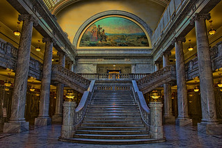 Utah State Capitol, 350 State Street, Salt Lake City, Utah, USA / Architect: Richard K.A. Kletting / Completed: 1916 / Height: 285 ft (87 m) (dome) / Floor count: 5 / Architectural styles: Corinthian order, Neoclassical architecture