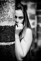 IMG_2740 (photo.bymau) Tags: bymau canon 5d portrait portraiture girl face nice shooting 7d beautiful fashion follow cute fun beauty studio model modele color close visage expression yeux eye regard amateur retrato ritratto porträt noir blanc blanco negro schwarz bw nb black white monochrome