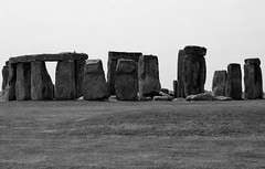 Essential Stonehenge (qoanis.27) Tags: stonehenge pietre circolo dolmen preistorico sitopreistorico england bianconero bw stones stonescircle