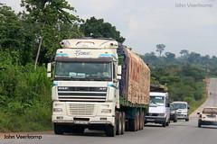 JV-2018-08-02-146 (johnveerkamp) Tags: trucks transport cote divoire ivory coast