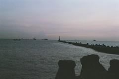 Kaohsiung Lighthouse (agnes_wang.25) Tags: shotmoment negativefilm myvision kodak ultramax400 ricoh ricohxr500 lighthouse