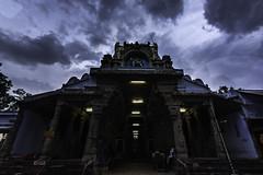 Papanasanathar Temple, Papansam (Yesmk Photography) Tags: papanasanathartemple papanasam temple hindu thambirabarani river hdr clouds sky wideangle tokina 1116mm nikon d7200 yesmkphotography muthukumar tirunelveli nellai south india southtamilnadu tamilnadu tourism travel evening