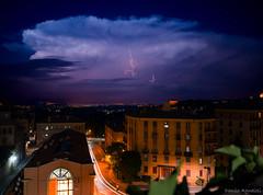 Un fulmine a ciel sereno (Danilo Agnaioli) Tags: fulmini umbria italia citta estate canon6d sigma1224 lungaesposizione doppiaesposizione
