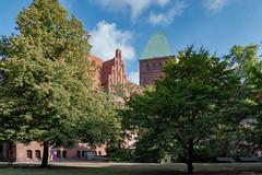 Berlin, Mitte: Blick auf das Märkische Museum vom Köllnischen Park - The Märkisches Museum seen from Köllnischer Park (riesebusch) Tags: berlin mitte