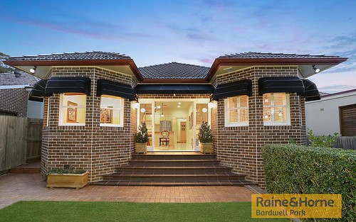 24 Clemton Av, Earlwood NSW 2206