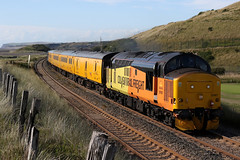 37421 and 37612 1Q82 (Cumberland Patriot) Tags: colas railfreight br british railways ee english electric 12csvt diesel engine type three type3 class 37 374 37421 37267 6967 d6967 37612 37691 37179 6879 d6879 dieselelectric locomotive loco motive power traction top and tail growler syphon nr network rail yellow test train 1q82 carlisle high wapping sidings blackpool north trains seascale foot crossing copeland borough cumbria cumberland cumbrian coast railway line route double track rails hnrc harry needle railroad company