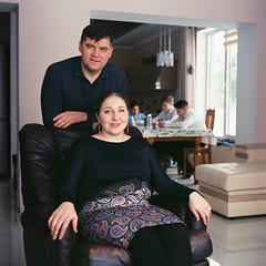 000006 (newmandrew_online) Tags: filmisnotdead family 6x6 color lomography lomo portrait mamiya mamiyac220 minsk belarus ishootfilm filmphotografy film film120 filmcommunity 120mm пленка сф tlr