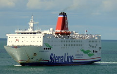 18 08 10 Stena Europe arriving Rosslare (12) (pghcork) Tags: stenaline ferry ferries carferry stenaeurope ireland wexford rosslare ships shipping
