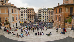 A warm afternoon at Piazza di Spagna (HansPermana) Tags: rome roma rom italy italien italia eu europe europa summer 2018 august warm architecture city cityscape historic oldbuilding oldtown piazzadispagna landmark spanishstaircase crowds square eternalcity