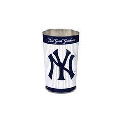 NEW YORK YANKEES  <br> Https://www.BargainBrute.com has this item and hundreds of other 2018 New York Yankees items.  Show your support for the 2018 New York Yankees by getting some new New York Yankees Gear to show your spirit.  GO YANKEES!!!! <br>  #new (douglas2121) Tags: newyorkcity newyork yankees newyorkyankeesbaseball newyorkyankeesfan newyorkyankees