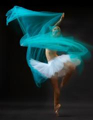 Anna (sauliuske) Tags: dancer ballerina ballet tutu pointeshoes movement model female beautiful