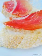 Pequeños placeres. (R. Royo) Tags: comida color pan jamon bokeh galicia ourense españa canon eos 700d huawei verano calor summer sun