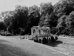 Bath Prior Park 2018 08 02 #12 (Gareth Lovering Photography 5,000,061) Tags: bath prior park nationaltrust gardens palladian bridge serpentine lakes viewpoint england olympus penf 14150mm 918mm garethloveringphotography