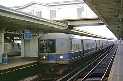 Long Island M-1 9565 (Chuck Zeiler) Tags: li longisland railroad budd m1 9565 newyork train chuckzeiler chz