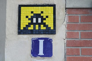 Invader_2985 Paris 19