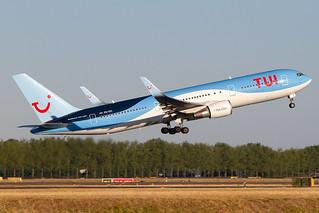 PH-OYI, Boeing 767-304ER, TUI Netherlands