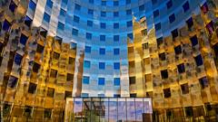 Reflet (L'Abominable Homme de Rires) Tags: ladéfense paris iledefrance architecture skyscraper gratteciel immeuble building canon5d 5dmkiii sigma 24105mmf4 dxo photolab lightroom
