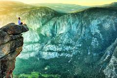 serendipity (Gio_guarda_le_stelle) Tags: yosemite np sunset waiting california wonderland peaceful waterfall yosemitepark glacierpoint usa west travel dreamingusa viaggio 4x4 canon
