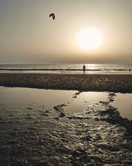(thierrylothon) Tags: plage aquitaine gironde presquilecapferret capferretocéan piraillan personnage 00plage phaseone captureonepro c1pro lègecapferret nouvelleaquitaine france fr