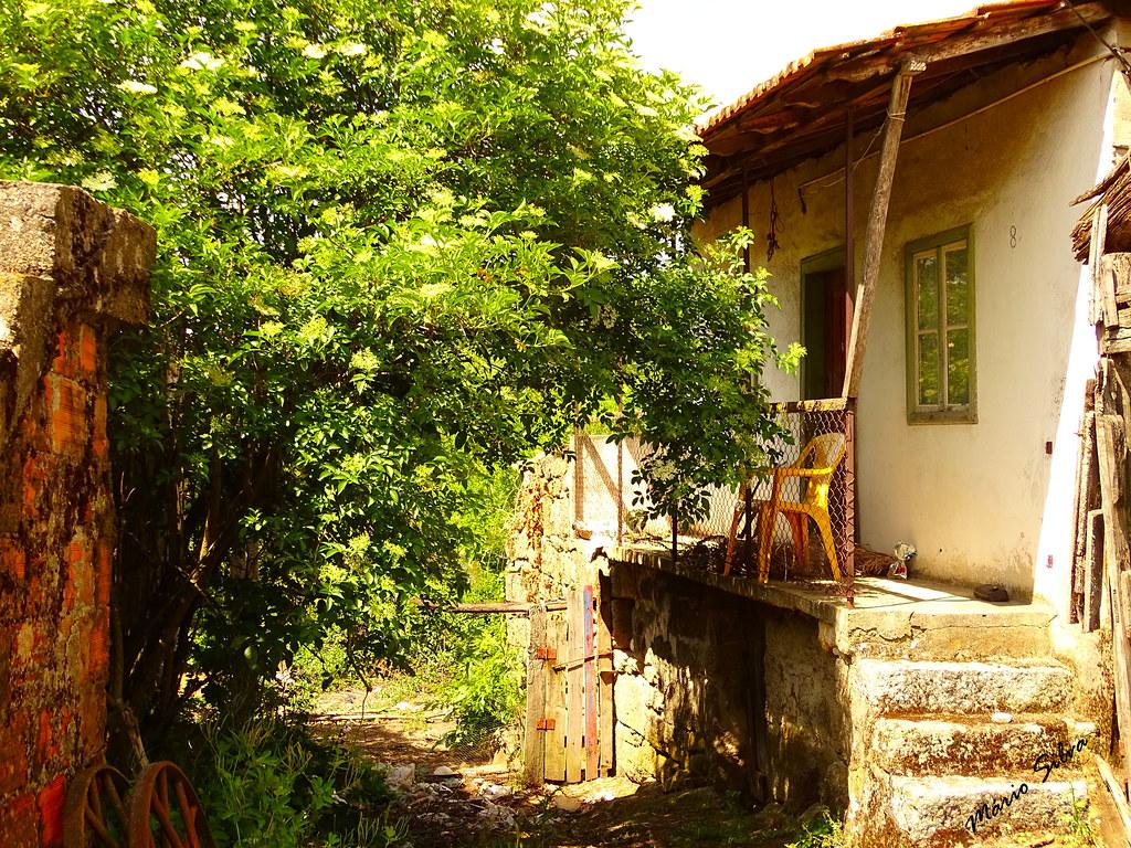 Águas Frias (Chaves) - ... casa que já guardou muitas vivências ...