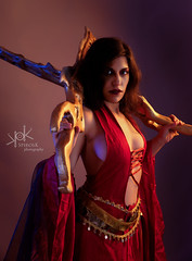 Ailiroy as Kaileena from Prince of Persia, by SpirosK photography: always ready (SpirosK photography) Tags: spiroskphotography ailiroy cosplay costumeplay red queen warrior warriorqueen empressoftime empress palace ubisoft princeofpersia warriorwithin princeofpersiawarriorwithin sexy game videogame videogamecharacter