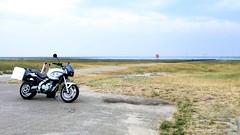 Parking at tractorroad to Mandø. (topzdk) Tags: motorcyclehondadenmark sønderjylland ribe rømø sønderstrand kommandørgården 2018 mandø tide road northsea