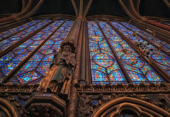 Sainte-Chapelle (Gary Burke.) Tags: saintechapelle chapel gothic palaisdelacité îledelacité paris france architecture rayonnant kinglouisix windows stainedglass window church cathedral holychapel parisian religious religion citylife cityliving urban city travel wanderlust tourism traveling touristattraction faith catholic worship tradition pray spiritual traditional historical vacation klingon65 building europe european history iledefrance landmark garyburke urbanphotography travelphotography citystyle french sony a6300 mirrorless sonya6300 cityoflights icon culturalicon 1starrondissement