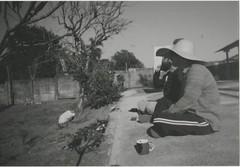005.jpg (Tai Moura) Tags: film filme konica vx400 preto branco black white expired vencido olympustrip100r lomo lomography lomografia