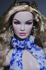 Porcelain butterfly (Shane He) Tags: fashion royalty lady red erin salston nu face tropicalia convention