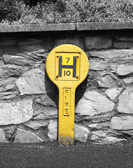 hydrant marker (chrisinplymouth) Tags: marker sign concrete metal hydrantmarker fire hydrant yellow selectivecolour hooe plymouth devon colour color popping uk cw69x xg 2017