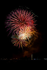 Roses 2018 - Feu d'artifice (Octavus06) Tags: canon eos 7d tamron roses rosas espagne spain catalogne octavus06 octavus firework night beach