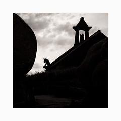 Chapelle du Diable (Frans van Hoogstraten) Tags: gargouille gargoyle ploumanach silhouette devil crusader templar knight chapel chapelle phare sentiersdesdouaniers baphomet occultists knightstemplar brittany bretagne